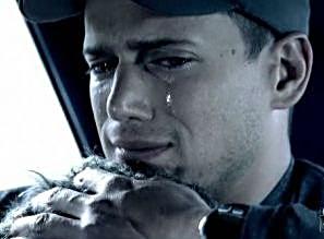 """Résultat de recherche d'images pour """"yeux d'homme en larmes"""""""